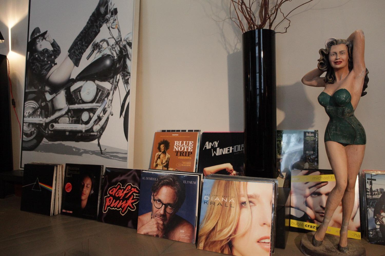 Les vinyles un objet de décoration. Le vinyle est de retour et l'émotion musicale aussi !